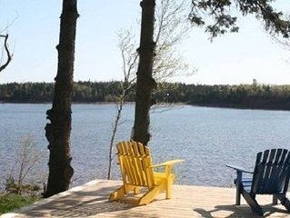 Private,family friendly,waterfront close to beaches,local attractions & shops.