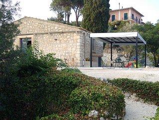Casa di campagna in un parco di Villa di prestigio storico