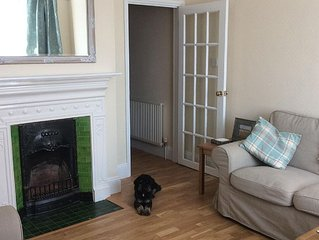 Beautiful terraced holiday home, pets welcome, short walk to beach.