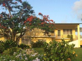 Abreeze 4 BR: Stunning Hilltop Villa in Destino