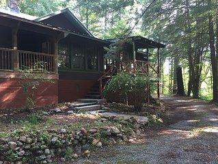 Historic Lakemont Cabin Near Lake Rabun - 3 bdrm/2bath