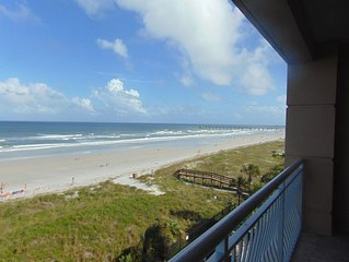 The Dolphin Oceanfront -Lancelot's Castles Family of Vacation Homes-