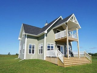 PEI Luxury Oceanfront Beach House - 4.5 star on Canada Select