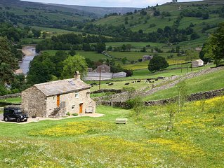 Detached barn conversion with own field and gorgeous views