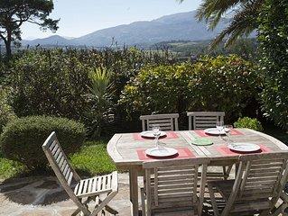 Appt duplex ***2/5per , jardin,vue imprenable sur la Nivelle  la Rhune
