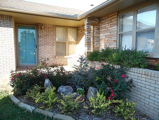 Three bed one bath home in safe friendly suburb off of I44