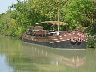 Wonderful airconditioned houseboat in the famous Canal du Midi