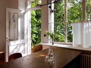 woanders – ein modernes, grunes, stilvolles & gemutliches Stadt-Apartment