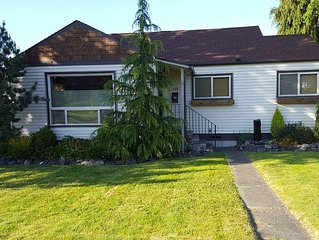 Ridgeview Cottage - Newer listing, family-friendly, gorgeous central P.A. home!