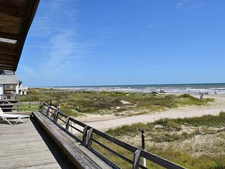 Beach Front Retreat in the sand - Sleeps 8