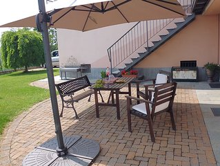 PANORAMIC VIEW, RELAX, BIKE, FINE-FOOD, WINE AND MORE.Bed & Breakfast  ad Alba