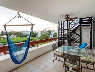 Penthouse Condo with Rooftop Solarium