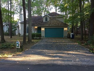 Spacious, well maintained, 3br, 3bath home overlooking Ocean Pines Golf Course