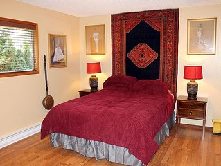 Cozy, charming retreat close to WWU and Fairhaven