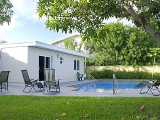 East Boca 4/3*Heated Pool*Just 1 Mile To The Beach!*