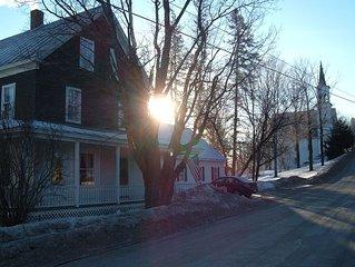 Ski/Snowmobile in town home close to Sugarloaf USA
