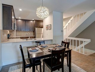 Furnished and Remodeled Executive Townhome in Mid-Town Fort Collins!