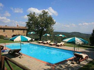 Villa in Ciggiano with 3 bedrooms sleeps 8
