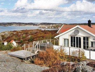 5 bedroom accommodation in Kyrkesund