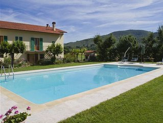 Villa in Castiglion Fiorentino with 3 bedrooms sleeps 6