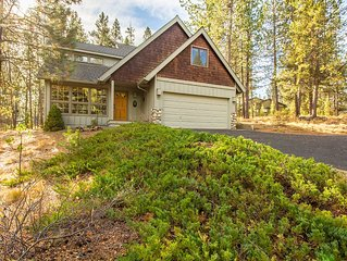 Mt Baker 5 - Your Dog will stay comfortable with A/C in this 4 BR+ Loft Home
