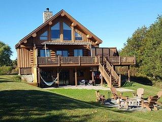 Luxury Lakefront Lodge on 5 acre penninsula. Wi-Fi, Beach, Boats, Hammocks, more