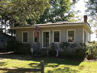 Waterfront Cottage On Sandy Beach of Neuse River- OFF SEASON PRICES 11/1-4/30/17