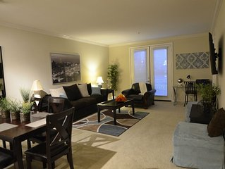Luxury Living - Spacious Private 1 Bed, 1 Bath that Sleeps 6