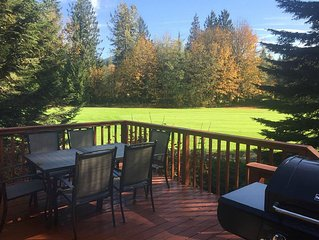 The Golf Course Cabin near Mt Hood, Walking Distance to the Resort, Pet Friendly
