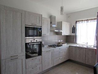 Ta' Katrin Apartment with sea views