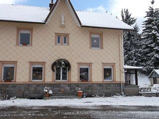 Ökologisch renovierte familienfreundliche Wohnungen in altem Haus mit Charme