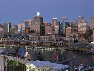 Apartment in the city of Sydney skyline and Darling Harbour Views
