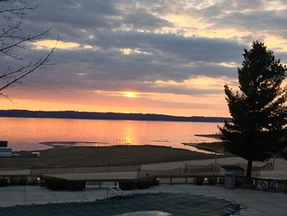 Traverse City area condo on Grand Traverse Bay 40 miles from Sleeping Bear Dunes