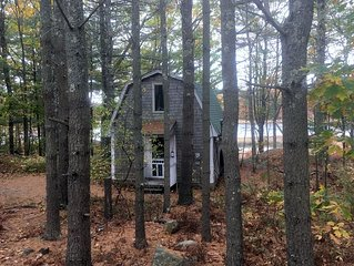 Charming, peaceful 1 bedroom cottage with a serene waterfront view