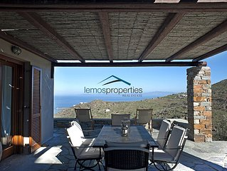 Stone built villa with a fantastic sea view