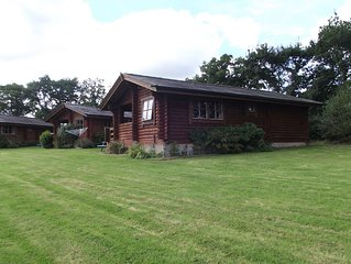 Pet-friendly, high quality lodge, well placed for exploring all corners of Devon