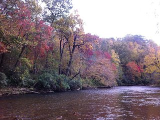 Best Of Smokies, Riverfront, Waterfalls - Paradise - Why Pay More - DEAL!!