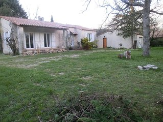 Charming Provencal house on 15 acres of land arborr, for you alone