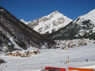 APT ** 4 personnes, les pistes au bout des skis, la piscine à portée de maillot