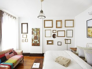 Sunny, Spacious & Central: Fabulous Suite In The Heart of Historic Hudson, NY