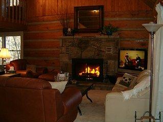 Quail's Retreat a Luxury Log Cabin w/View! FREE HIGH SPEE INTERNETt!