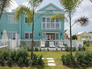 Stunning Luxury Oceanfront Townhouse in Negril
