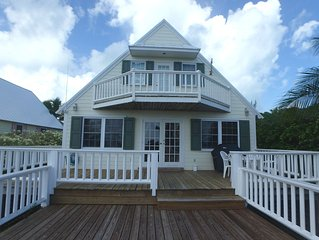 Conch Shack, Water view, Dock slip, DIRECTV, Wi-Fi, close to two resorts & beach