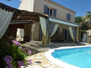Comfortable house with heated pool in the heart of the Camargue very quiet