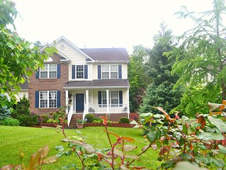 Luxuriously Furnished 4BR/2.5BA Home Near UNC/Duke
