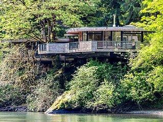 McKenzie River Mid Century Marvel -  20 Min From University of Oregon (Eugene)