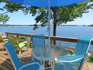 Driftwood Cottage - Renovated Oceanfront with Stunning Views in East Boothbay!