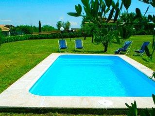 Charming villa near Rome, lake district, private