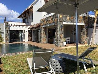 Villa 3 chambres, 6 personnes, 3 Salles de bains, Piscine privee