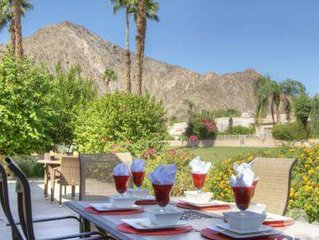 Laguna De La Paz Desert Oasis with privacy & gorgeous views!